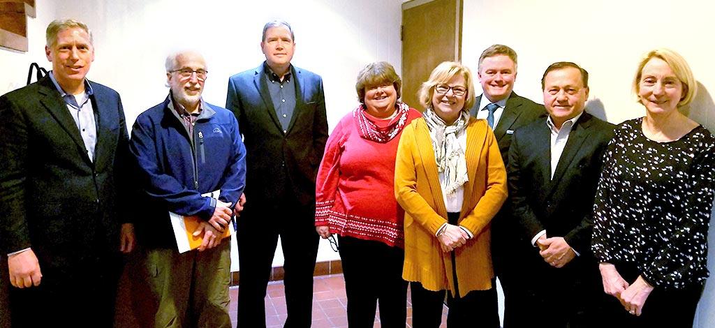 legislative meeting group photo